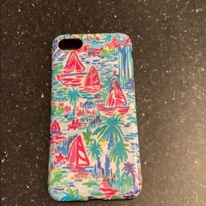 Lilly Pulitzer iPhone 7 and 7s case see pictures